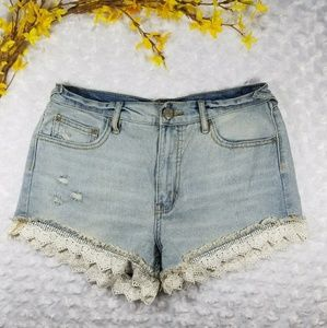 FREE PEOPLE • lacey cut off denim shorts